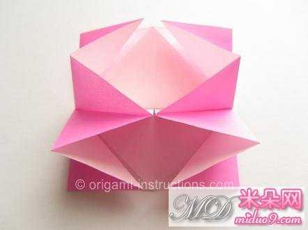 怎样折玫瑰花 简单纸玫瑰折法图解 - 桃花娱乐网