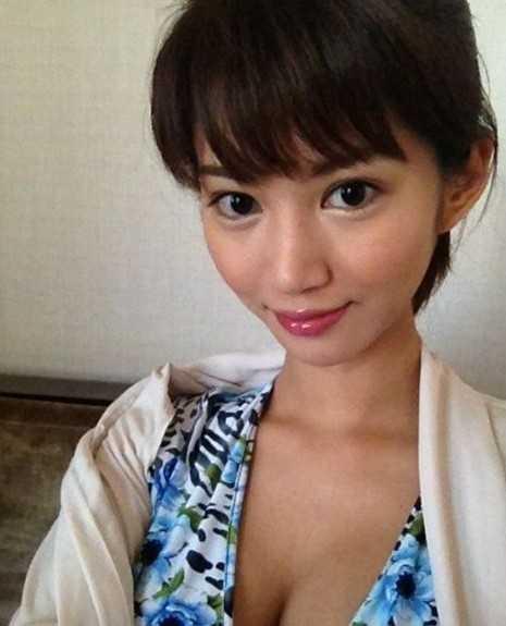 [视频]日本AV女优麻生希水手服 耍骚露底裤